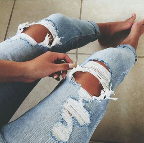 how to fix ripped jeans by hand