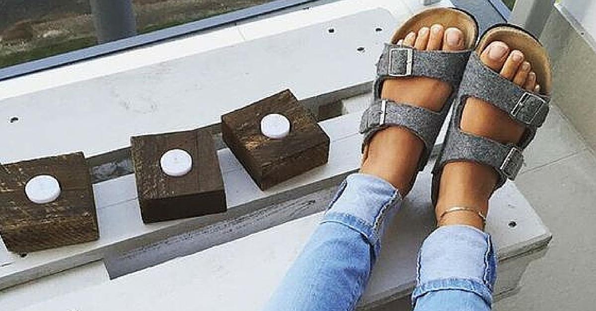 54a26dfaa90 Tips & tricks voor het schoonmaken van je Birkenstocks - To Be Dressed